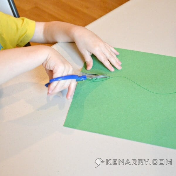 Easter Egg Finger Painting Craft for Toddlers and Kids - Kenarry.com