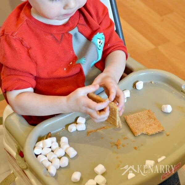 What fun family holiday ideas! Make a gingerbread house with graham crackers and peanut butter. The kids will love this at Christmas time.