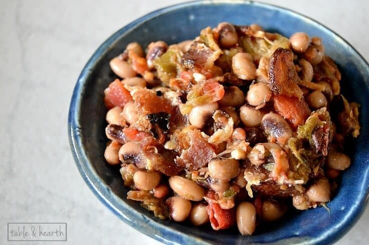Hoppin' John - A quick and flavorful southern side dish that's great for dinners! Recipe from Table & Hearth