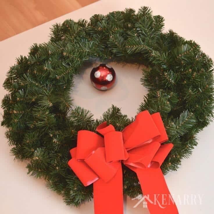 A simple green outdoor Christmas wreath