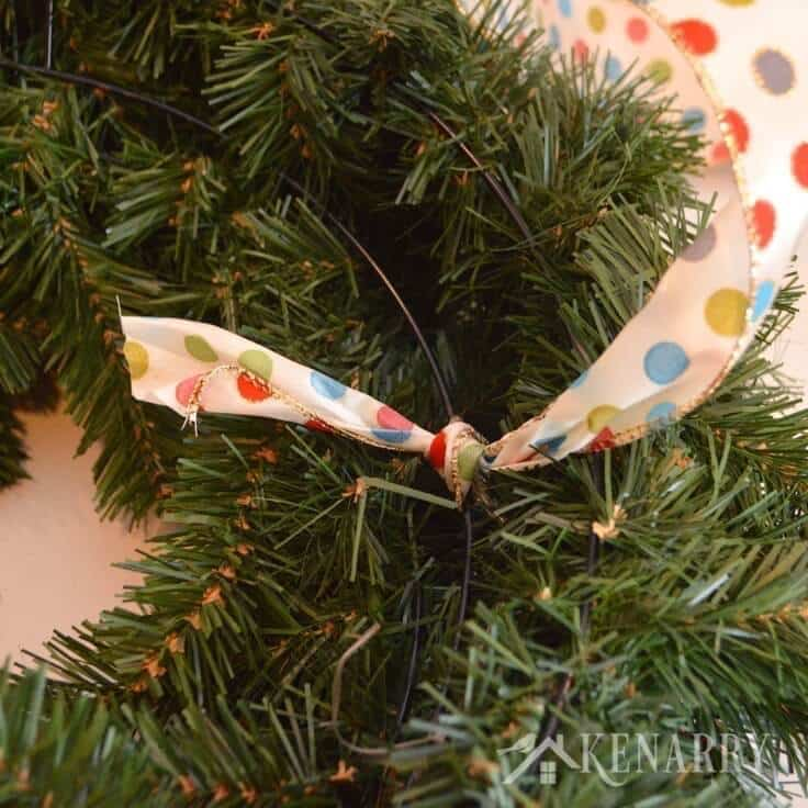 How to weave ribbon through an outdoor Christmas wreath