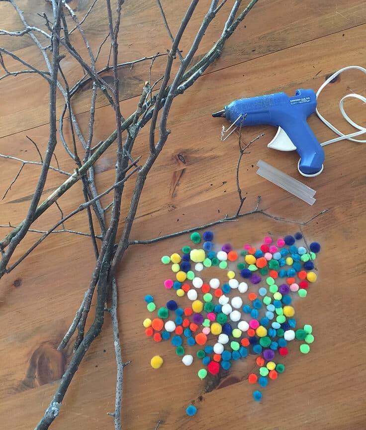 materials to make pom pom spring buds