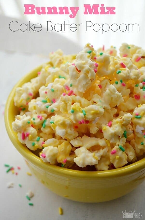 Bunny Mix Cake Batter Popcorn for Easter - Oh My! Sugar High - Easter Treats featured on Kenarry.com