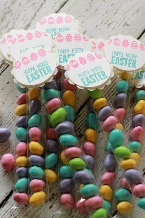 Happy Easter Candy Treats - Summer Scraps - Easter Treats featured on Kenarry.com