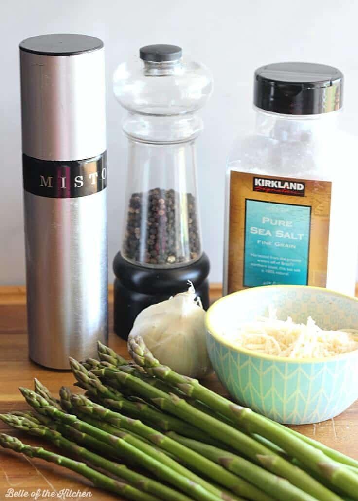 ingredients to make Garlic Parmesan Roasted Asparagus