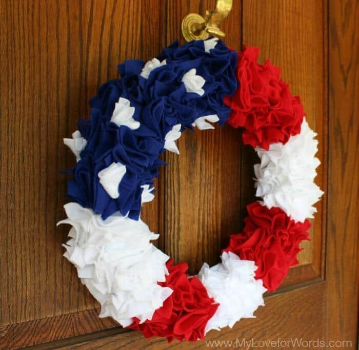 DIY American Flag Wreath – My Love for Words - 4th of July Wreaths featured on Kenarry.com