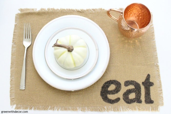 How to make easy DIY placemats. Just grab burlap, stencils and permanent marker!