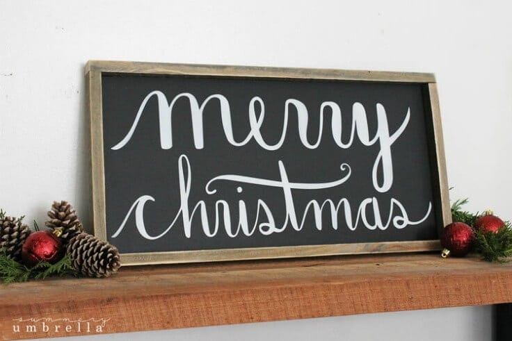 Merry Christmas Wood Sign from The Summery Umbrella featured on Kenarry.com
