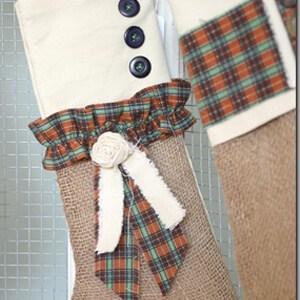 burlap-christmas-stocking