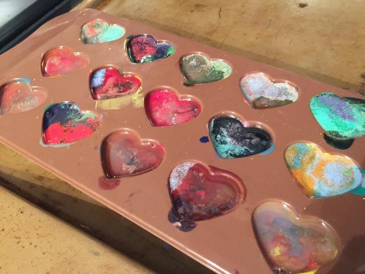 How to make homemade heart shaped crayons