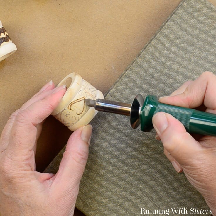 Get started woodburning with Boho Chic Woodburned Napkin Rings. In this video tutorial, we'll show you how to use a woodburning tool to make custom designs.