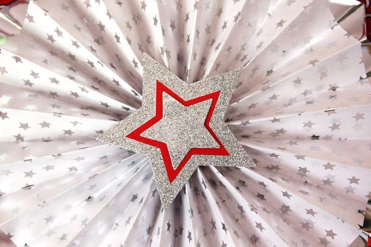 4th-of-July-Wreath Paper Fan