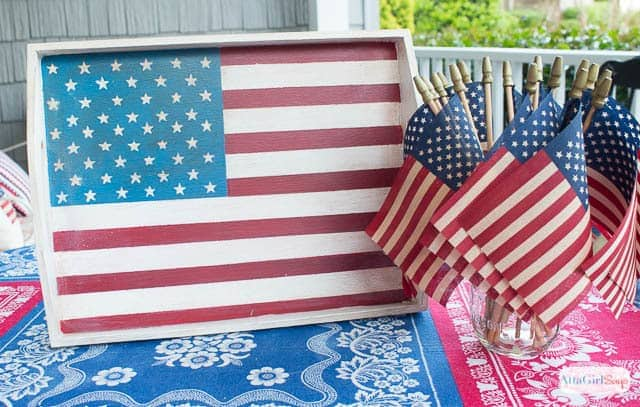 Handpainted Vintage American Flag Tray - AttaGirl Says - Patriotic Decor Ideas for the 4th of July featured on Kenarry.com
