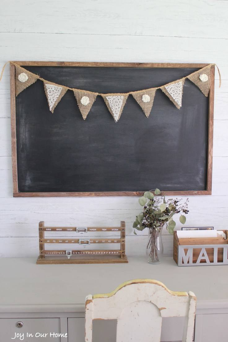 Simple Farmhouse Burlap and Lace Banner – Joy in Our Home -- 12 creative burlap craft projects featured on Kenarry.com