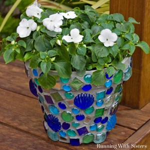 Learn to mosaic a terra cotta pot. We'll show you what tiles to use, how to grout your mosaic, and how to seal your mosaic. Great project for beginners!
