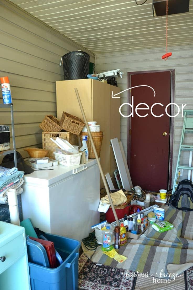 How to organize seasonal decor