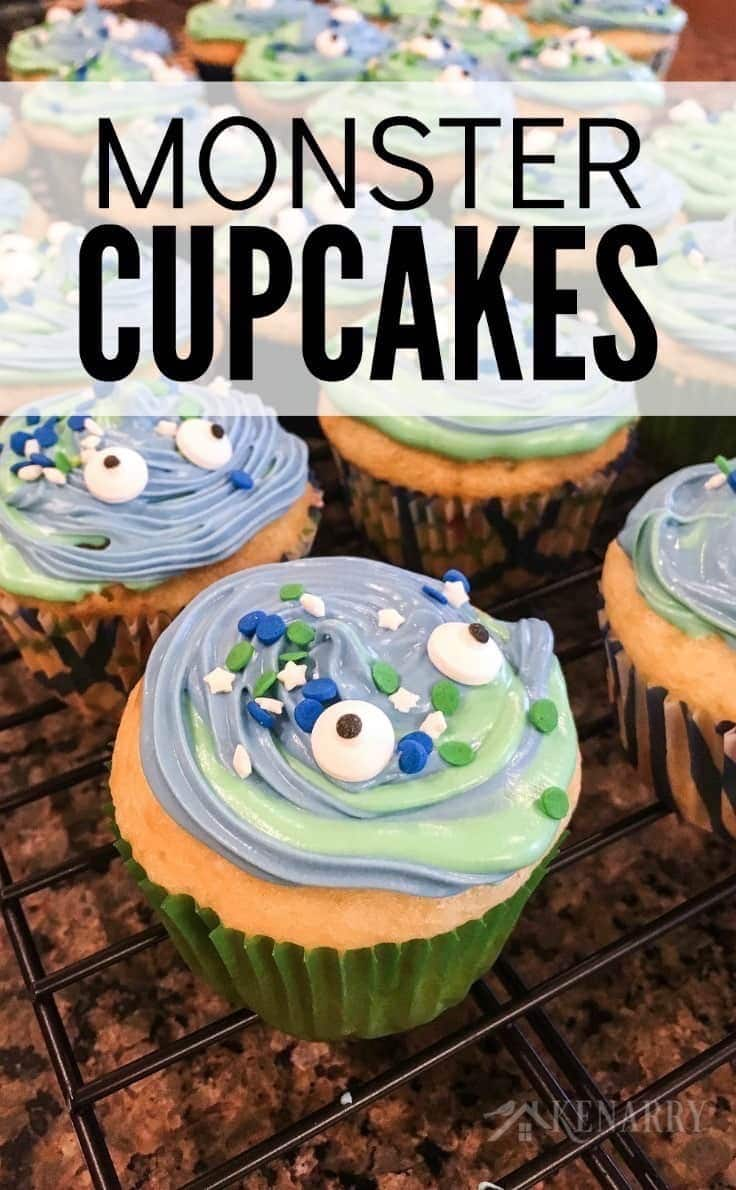 In this easy cupcake decorating tutorial, you'll learn how to make monster cupcakes with blue and green swirl frosting for a birthday party or a Halloween treat.
