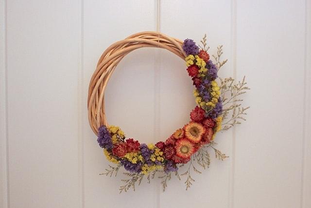 dried-flower-wreath