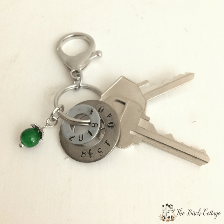 Hand Stamped Washer Key Chain from The Birch Cottage #fathersday #diygifts #fathersdaycrafts #giftidea