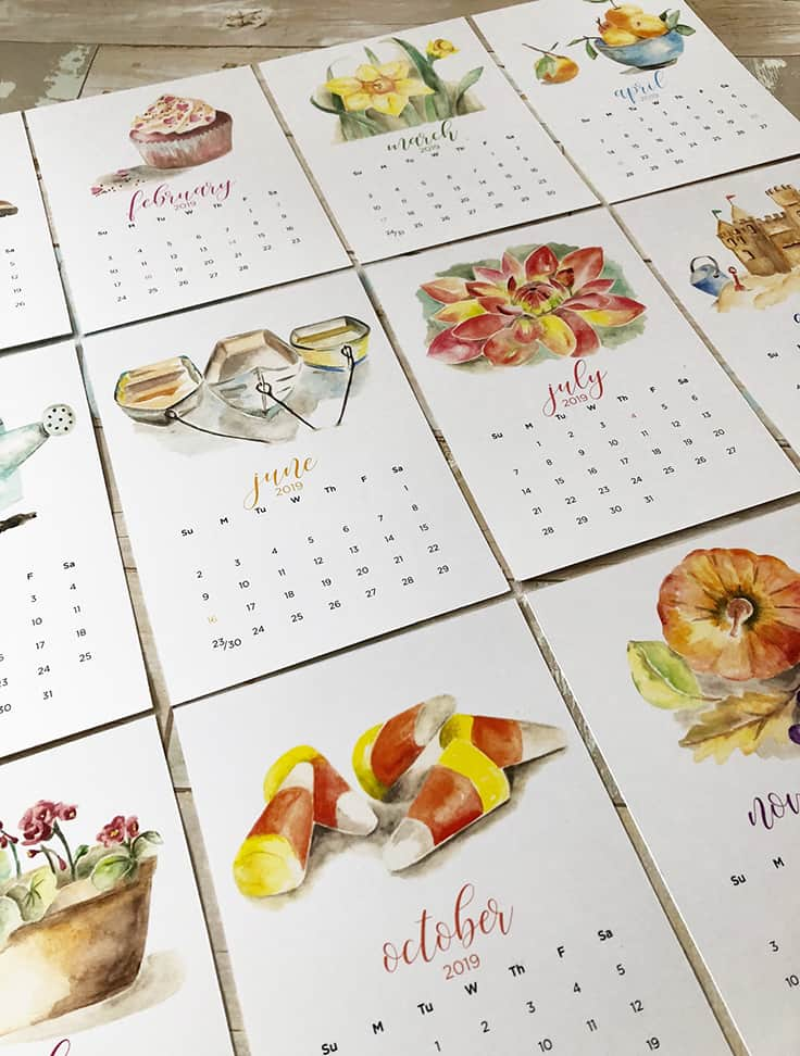 Get a head start on your holiday shopping with these 2019 monthly Watercolor Calendar printables along with FREE printable Christmas gift tags. #calendarprintables #watercolor #kenarry