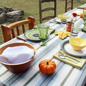 12 Tips for Hosting a Big Thanksgiving Dinner