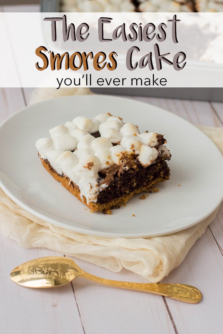 When you're not in the mood to set up a campfire, bring your s'mores dessert party indoors with this super delicious (and super easy!) chocolate s'mores cake recipe from a box mix. #smores #recipes #kenarry